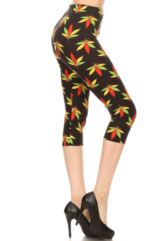 Women's Plus Colorful Leaf Plant Printed Cropped Capri Leggings