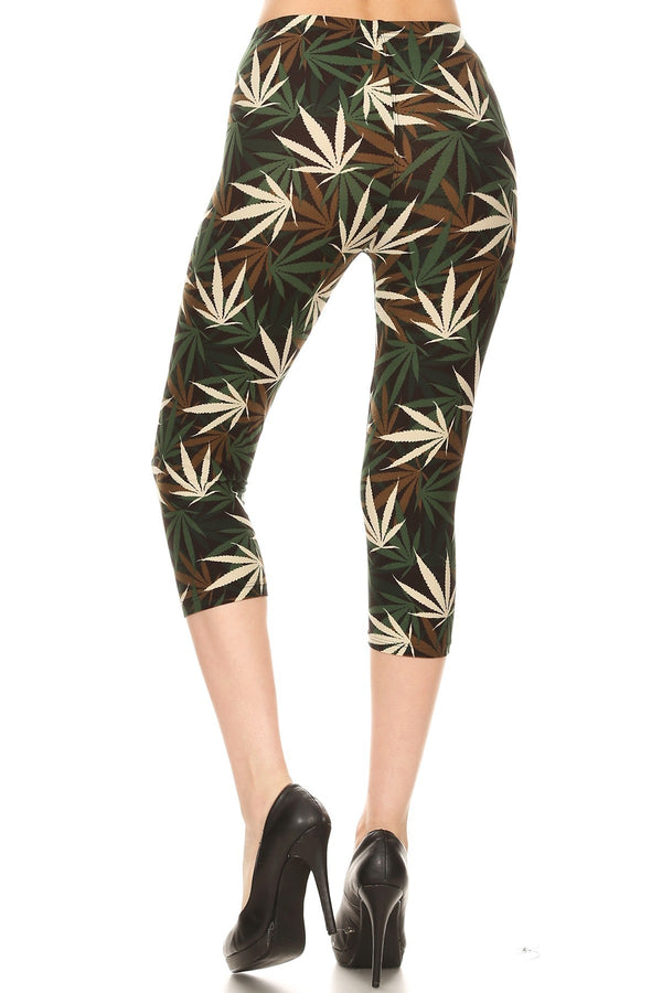 Women's 3X5X Olive Brown Leaf Cannabis Printed Cropped Capri Leggings
