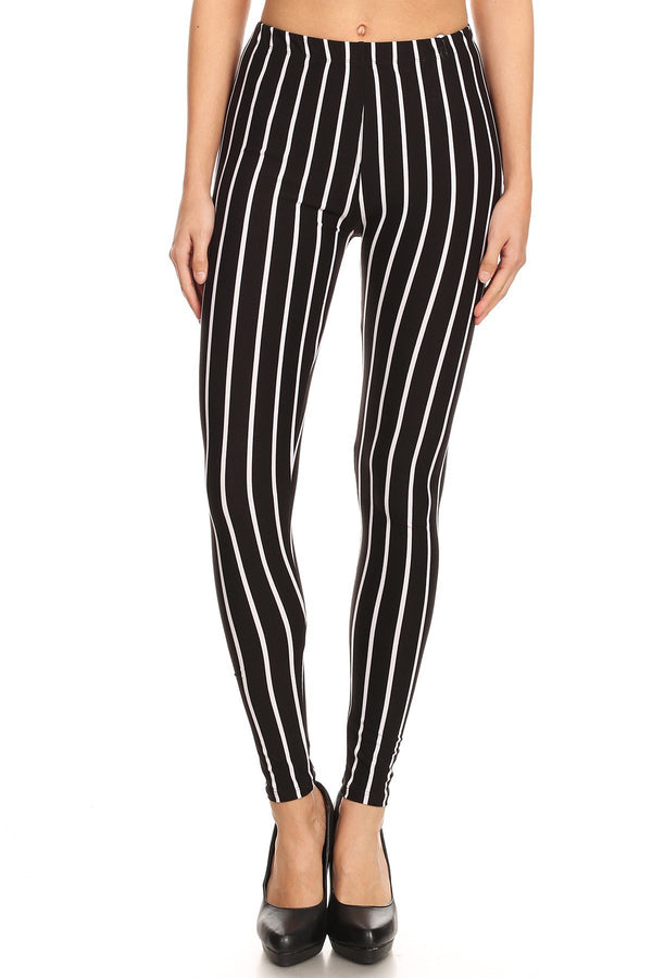 Women's 3X 5X B&W Vertical Thick Striped Pattern Print Leggings