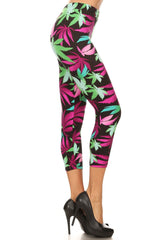 Women's Plus Pot Leaves Plant Printed Cropped Capri Leggings