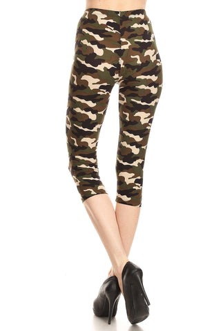 Women's Regular Camouflage Military Look Printed Cropped Capri Leggings