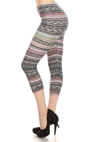 Womens Regular Mixed Color Splendid Tribal Print Capri Leggings - Black Grey Red