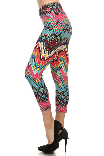 Women's Regular Tribal and Peaked Pattern Print Capri Leggings - Pink Blue