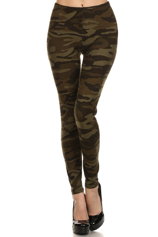 Women's Regular Dark Camouflage Pattern Printed Leggings - Olive Green