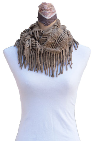 Women's One Size Knitted Infinity Stringed Scarf