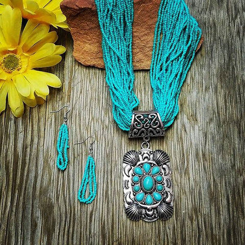 Beaded Turquoise Pendant Necklace