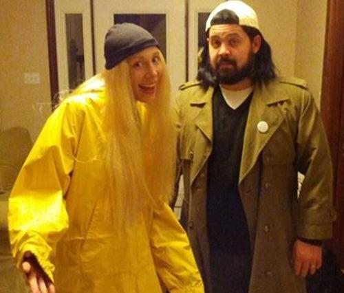 Top 10 Stoner Halloween Costume Ideas - The Oozelife Blog - Ooze Spooky October Dress Up Weed Marijuana 420 Cannabis Jay and Silent Bob