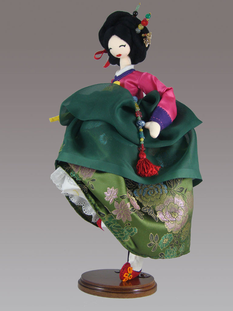 The Dancing Geisha - PitaPats.com