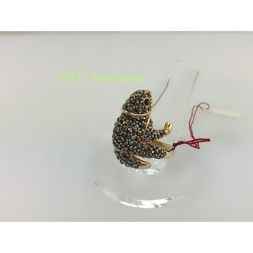 Custom Made Amazing Chameleon Cocktail Ring - PitaPats.com