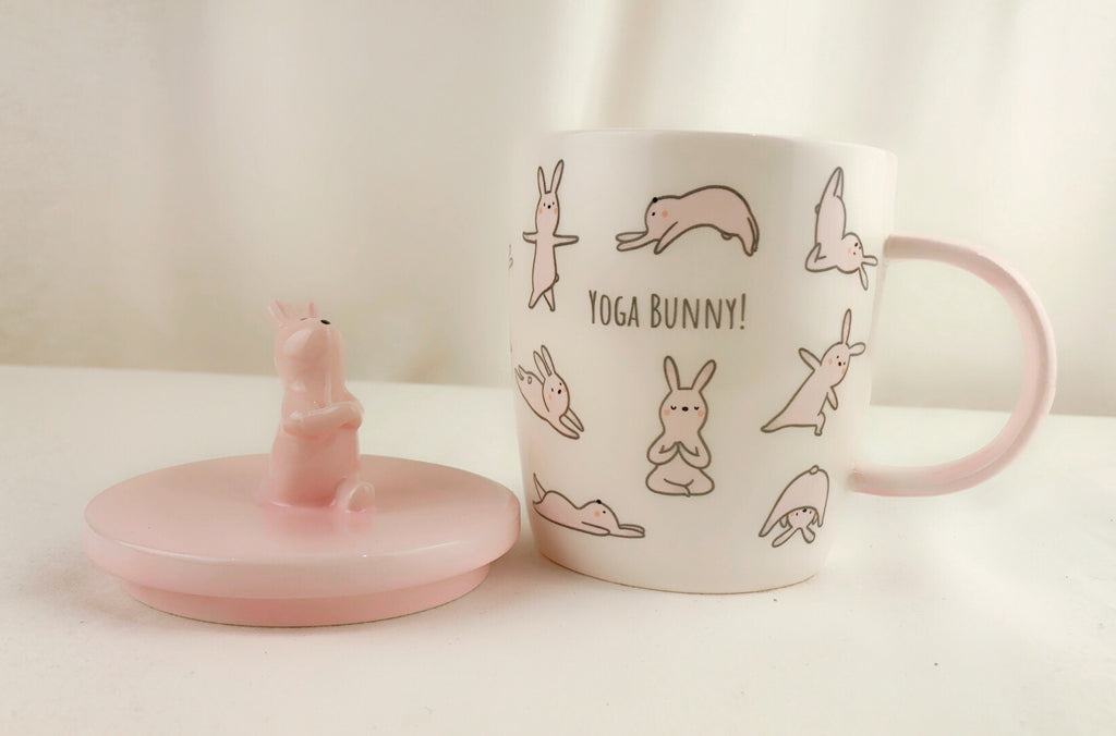 WOOLLY HEADS by MAGENTA Yoga Bunny Mug with Lid