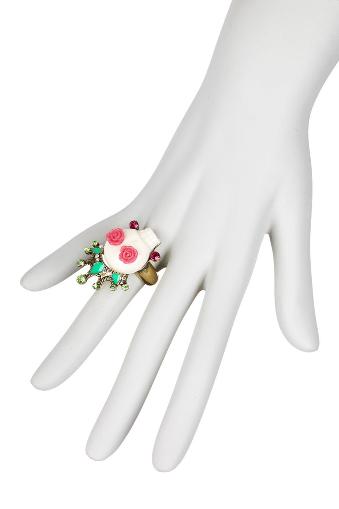 BETSEY JOHNSON Caribbean Queen Skull Stretch Ring - PitaPats.com