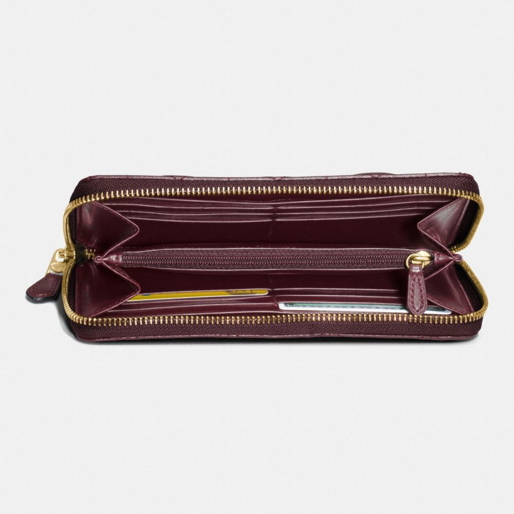 outlet store 41ece 56d42 COACH ACCORDION ZIP WALLET IN QUILTED LEATHER – Pit-a-Pats.com