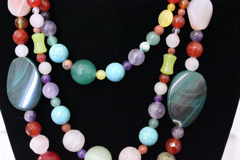 Very Many Colorful Beads Long Necklace - PitaPats.com