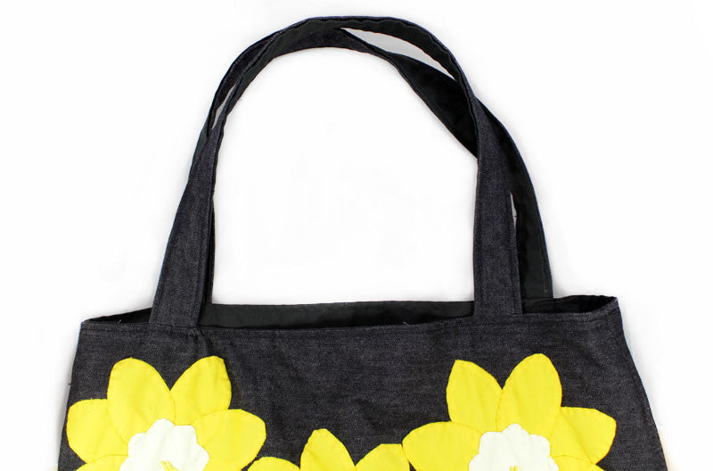 Daffodil Applique Denim Shoulder Handbag - PitaPats.com