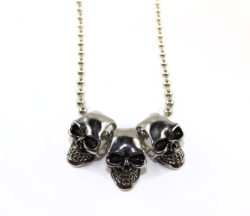 Three Dangle Skeleton Heads Necklace - PitaPats.com