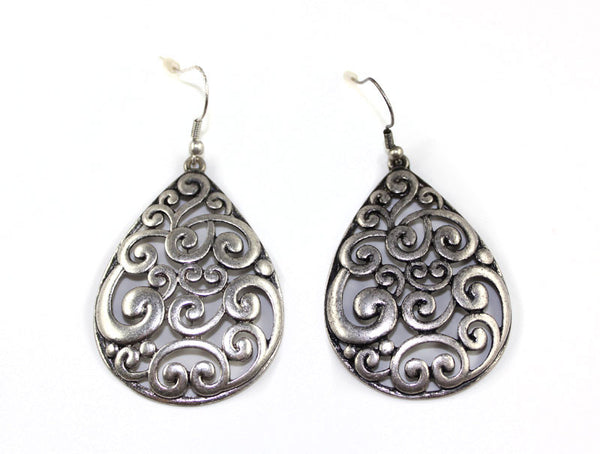 Baroque Tear Drop Silver Earring - PitaPats.com