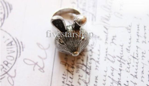 Antique Silver Bunny Face Ring - PitaPats.com
