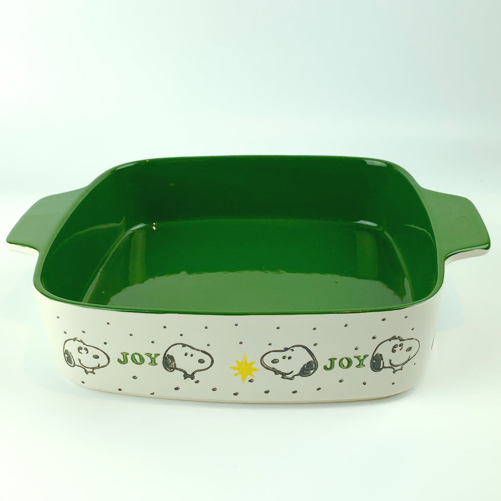 Peanuts Charlie Brown & Friends & Snoopy Ceramic Joy Winter Square Oven Cookware
