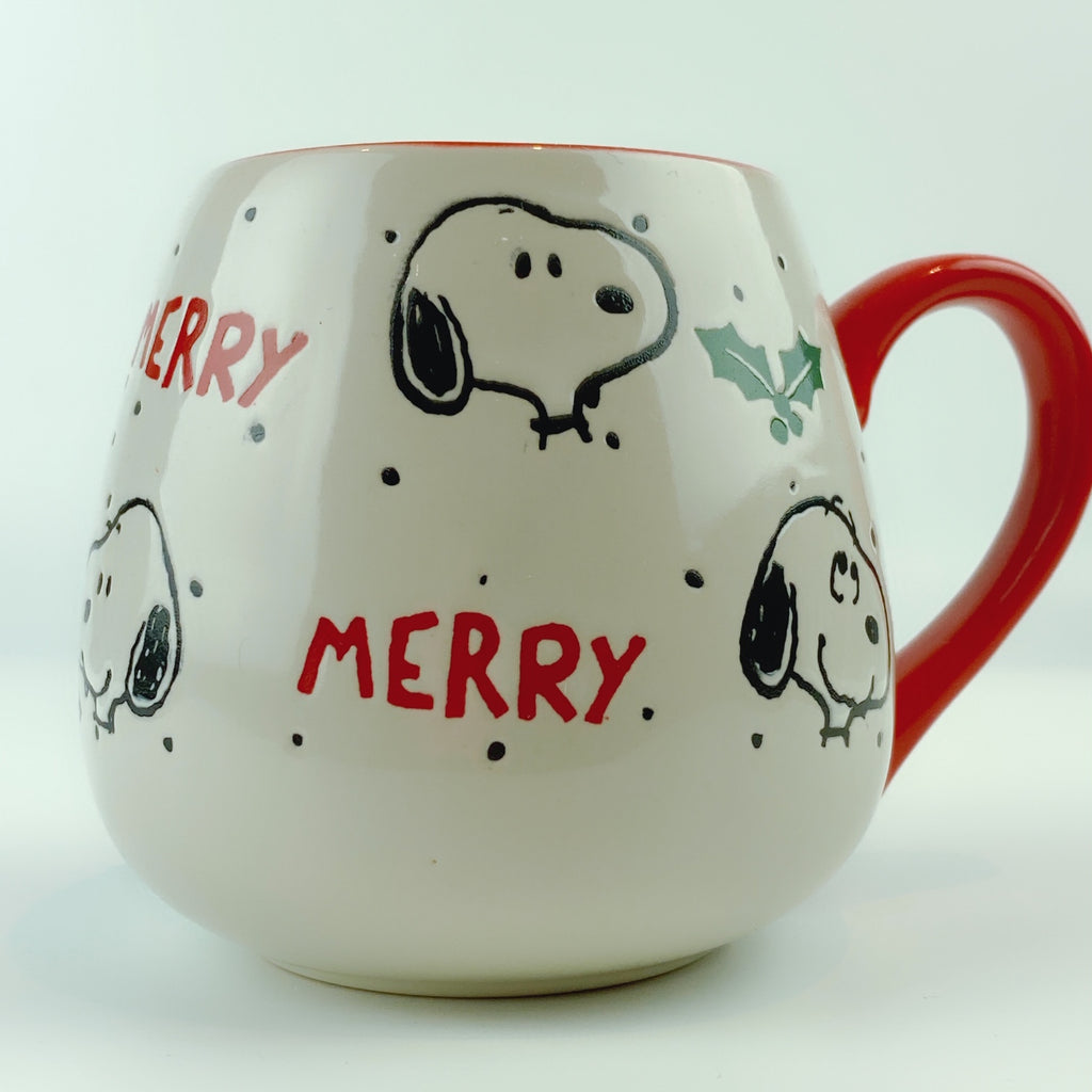 Peanuts Snoopy Ceramic Merry Holly Berry Red Mug 18 oz