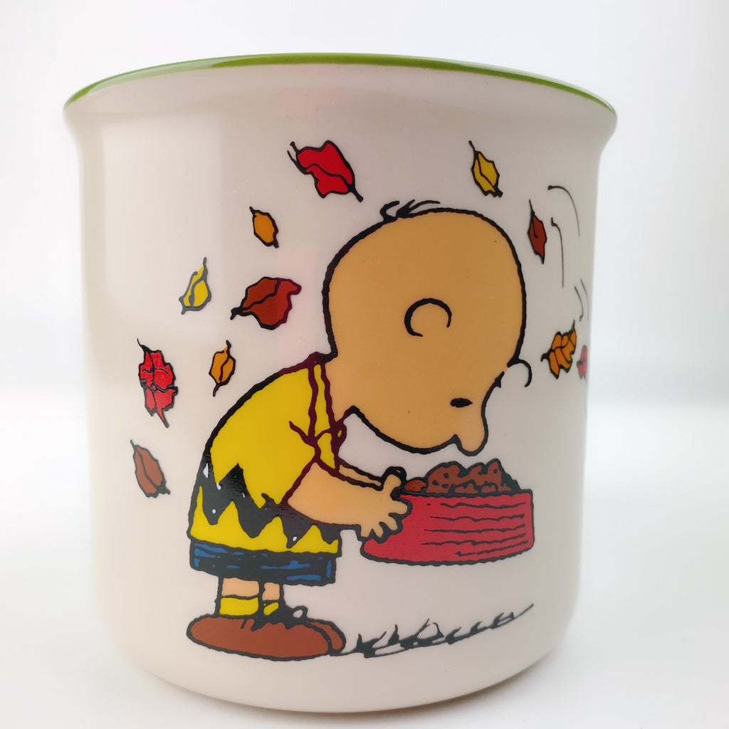 Large Peanuts Charlie Brown Snoopy & Friends Be Giving Mug 21 oz Green