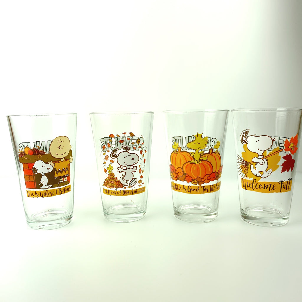 Peanuts Thanksgiving Snoopy & Friends Drinking Glasses Collectors Series Set of Four 16oz