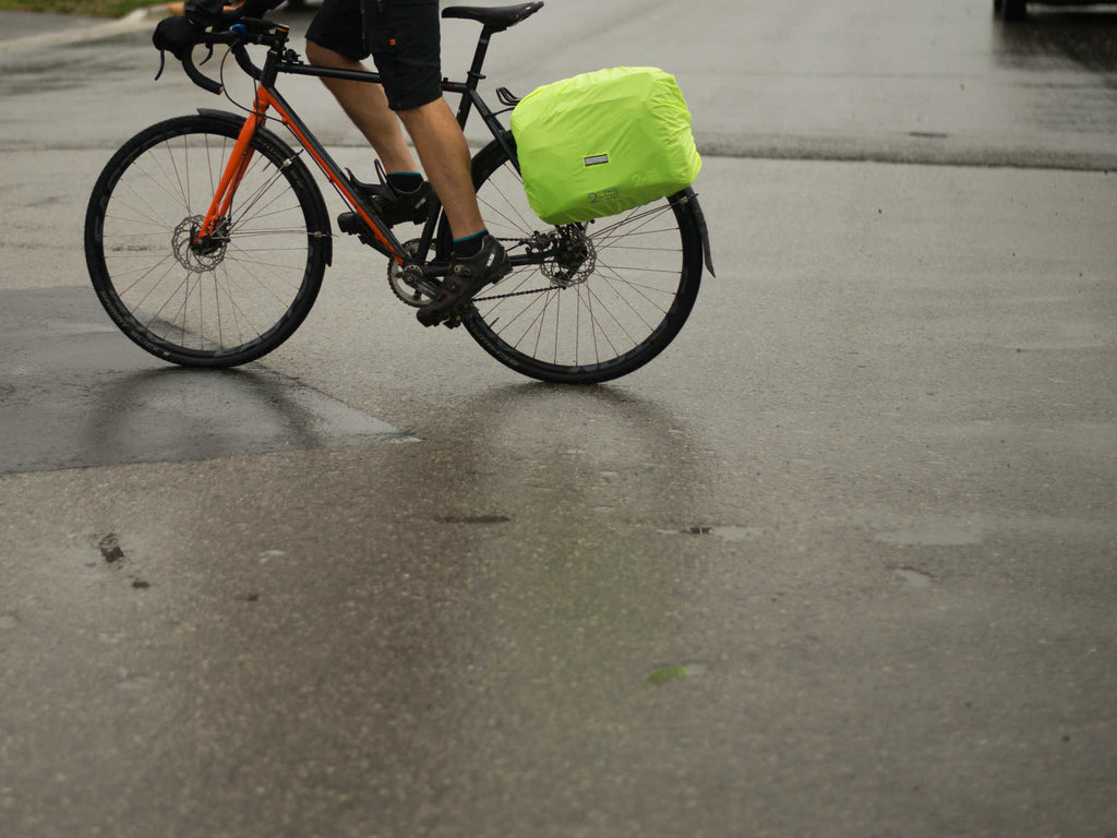 Two Wheel Gear - Bike Commuter with Rain Cover