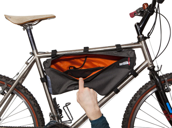 Two Wheel Gear - Bicycle Frame Bag - Large - Graphite - 6 L - Side Bike - Open