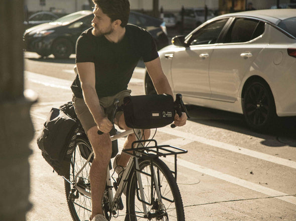 Two Wheel Gear - Garment Pannier - Classic 2.1 - Black - Bike Bag - On Bike Commuter - Street Lifestyle