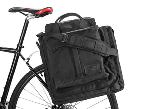 Bags - Executive 2.0 Garment Pannier - Black Waxed Canvas