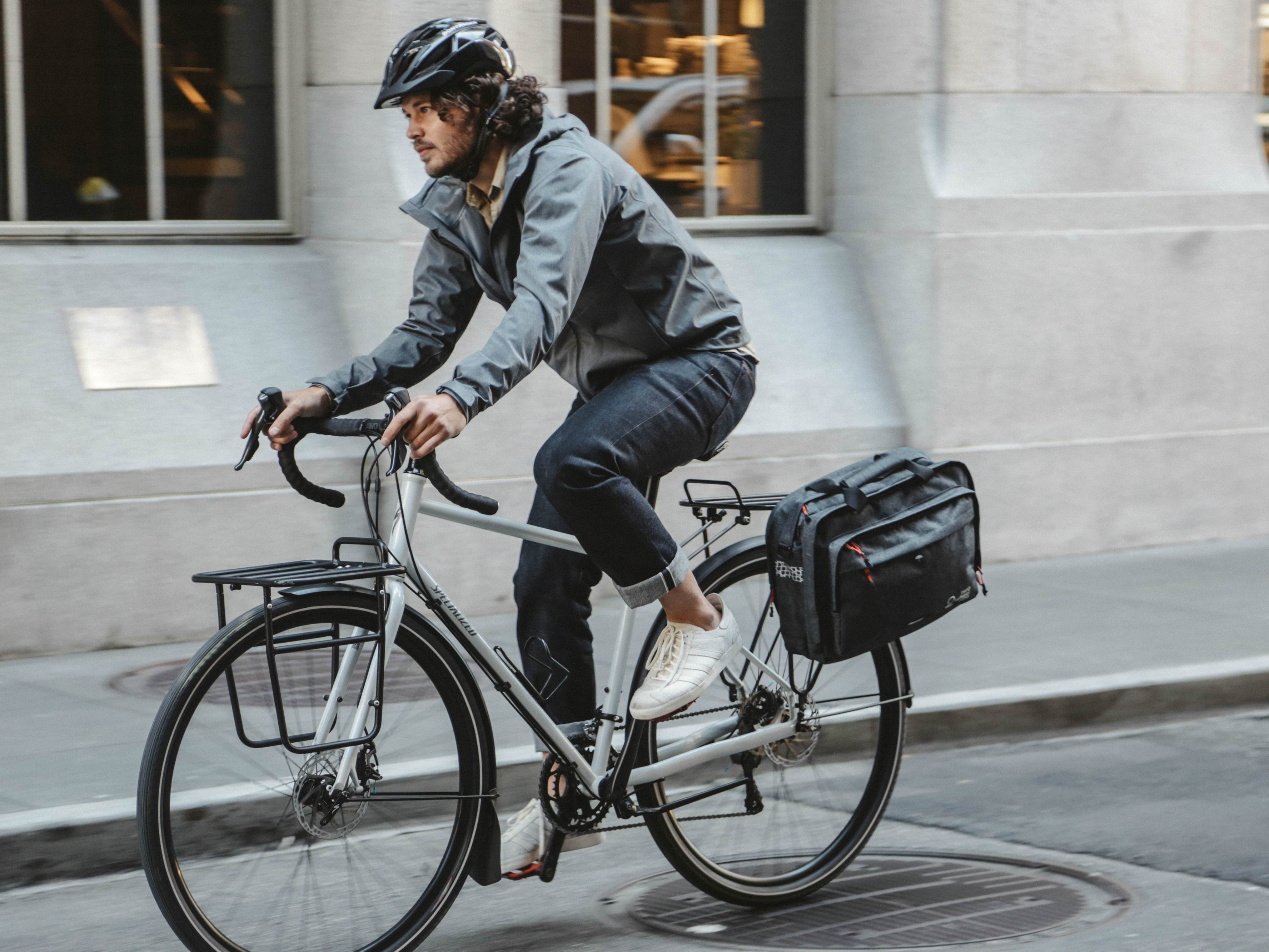 Graphite - Bike Bags - Pannier Briefcase Convertible (2018) - Bicycle Laptop Messenger