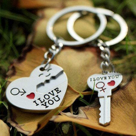Couple's Keychain Set Keychain Buy top quality Couple's Keychain Set Keychain online in India at low price. get free shipping all across India Only at  Dot Aero