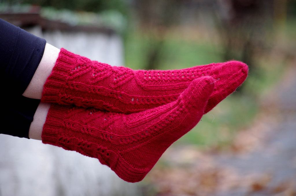 Scarlet Arches and the Stages of a Sock Knit