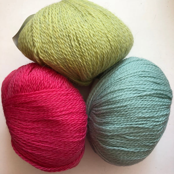 How to Choose Colors for Knitting Projects