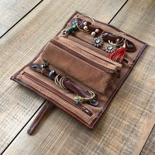 Load image into Gallery viewer, Leather Jewelry Roll Case Floto inside 2