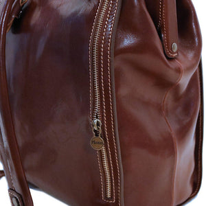 Floto Ciabatta doctor style gladstone backpack zipper pocket