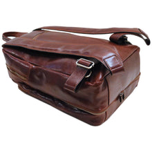 Load image into Gallery viewer, Leather Backpack Floto Brown 5