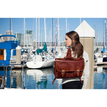 Load image into Gallery viewer, leather backpack messenger bag procida floto
