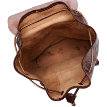 Load image into Gallery viewer, Leather Backpack Trastevere Brown inside