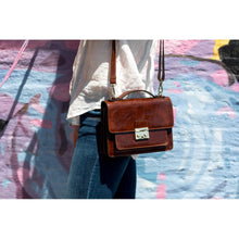 Load image into Gallery viewer, leather handbag satchel floto milano mini brown