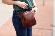 Load image into Gallery viewer, Floto Italian leather mini handbag crossbody shoulder bag siena brown 2