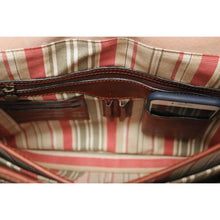 Load image into Gallery viewer, Leather English Briefcase Messenger Bag Floto Firenze inside 3