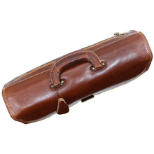 Load image into Gallery viewer, Floto Italian Leather Briefcase Attache Venezia 3 Gusset top