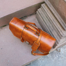 Load image into Gallery viewer, Floto Italian Leather Briefcase Attache Venezia 3 Gusset Tobacco Brown 4