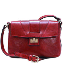 Load image into Gallery viewer, Floto Sapri Leather Bag in full grain calfskin red 2