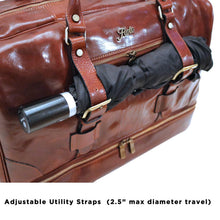 Load image into Gallery viewer, Leather Duffle Bag Floto Drop Bottom Shoe Comparment 5