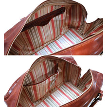 Load image into Gallery viewer, Leather Duffle Bag Floto Drop Bottom Shoe Comparment 9