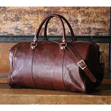 Load image into Gallery viewer, leather duffle bag floto