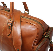 Load image into Gallery viewer, Floto Italian Leather Duffle Bag Venezia Pocket in Tempesti Brown 3