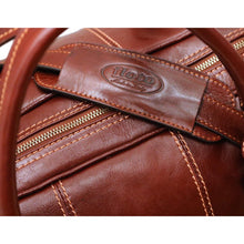 Load image into Gallery viewer, Leather Duffle Bag Floto Venezia close