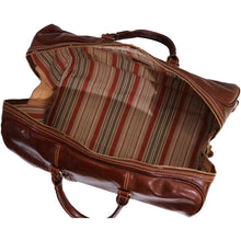 Load image into Gallery viewer, Leather Duffle Bag Floto Venezia Grande inside